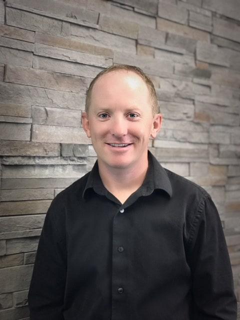 Jeff Certified Registered Dental Assistant - Cedar Rapids, IA - Dental Touch Associates