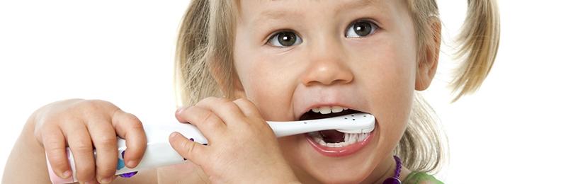 Toothbrush Battle: Sonicare vs. Manual